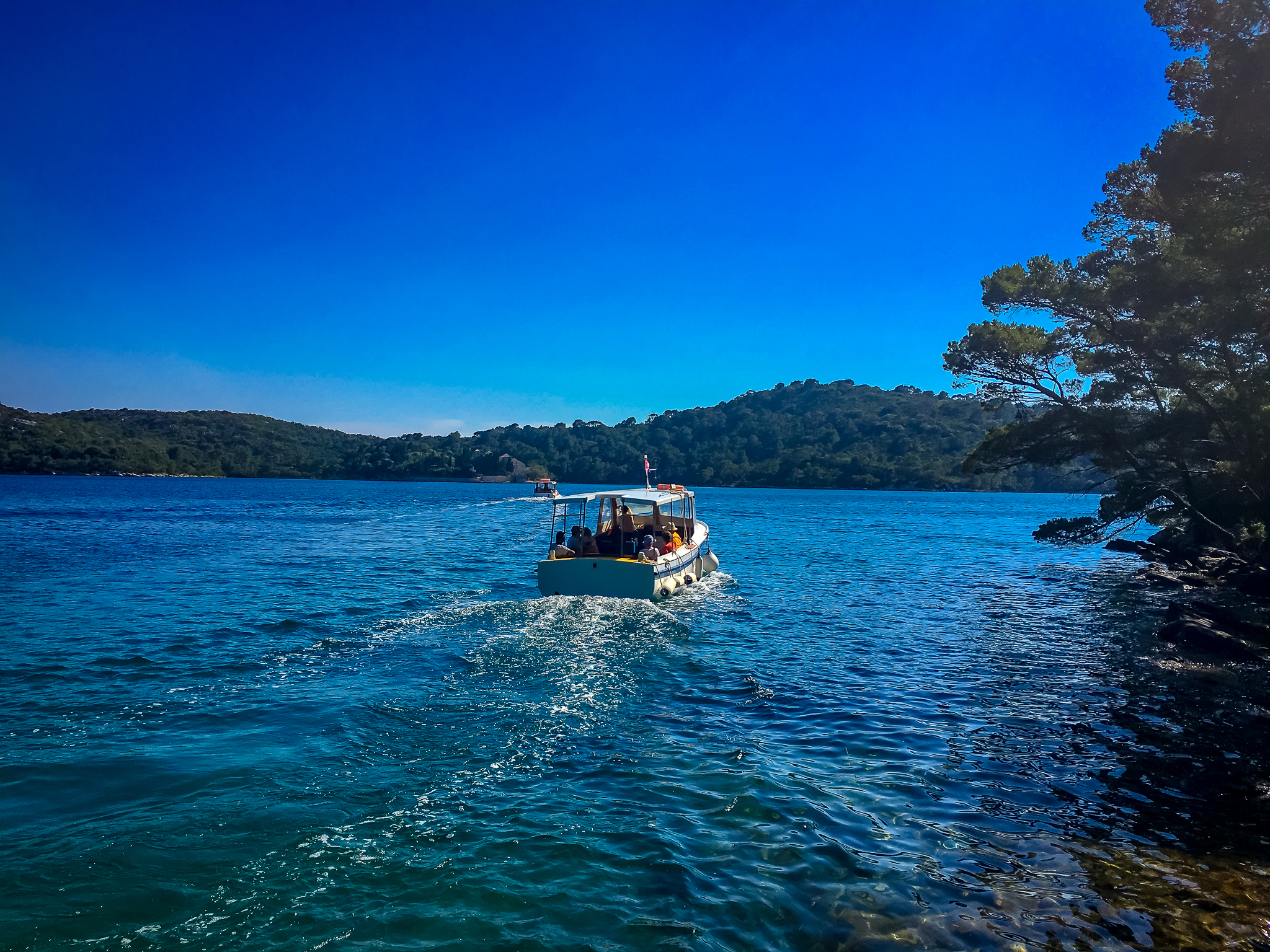 boat ride to monastery mljet